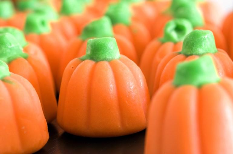 Halloween-Pumpkin-Candy